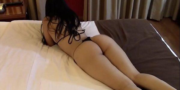 Esposa bem gostosa se exibindo de calcinha