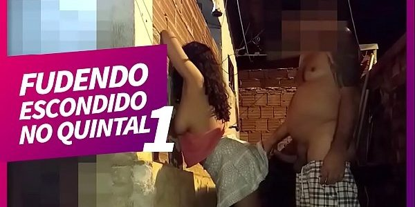 Xvideos Safada amadora fudendo escondido no quintal