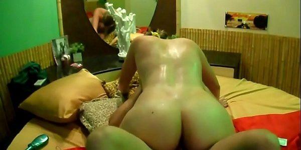 Amadora casada gostosona  metendo gostosinho no redtube pornô  na foda caseira do xvideos