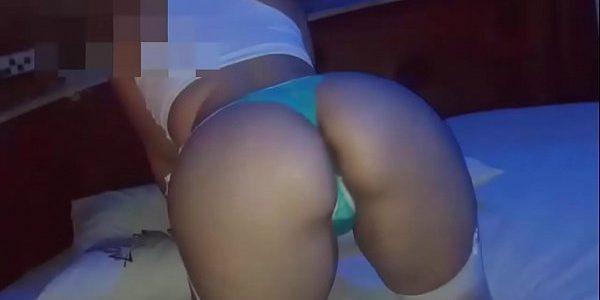 Vídeo amador gozando dentro da esposa gostosinha e safadinha e gostosona